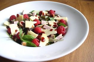 Smoked Chicken Salad with Raspberries